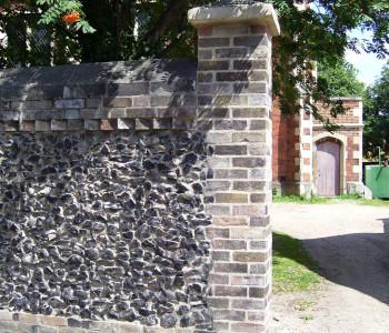 Flint walling